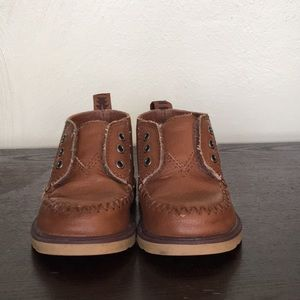 TOMS toddler boy brown Chukka boots